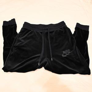 Nike Sportswear Plush Velour Pants AH3388-451